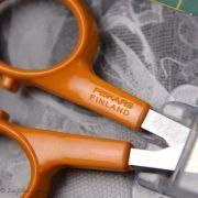 Ciseaux Fiskars ® précision lames droites - 10cm