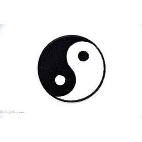Écusson yin yang - Noir et blanc - Thermocollant