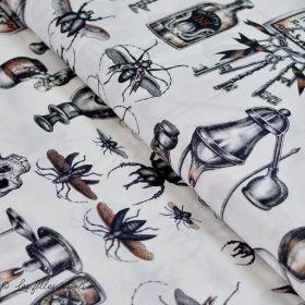 "Tissu coton motif insecte et tête de mort ""Dark Magic"" - Henry Alexander ®"