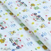 """Tissu coton motif """"Monstre medical"""" - Blanc, bleu, rouge et ocre - Oeko-Tex ® et GOTS ®"""