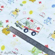 """Tissu coton motif """"Monstre medical"""" - Blanc, bleu, rouge et ocre - Oeko-Tex ® et GOTS ® Autres marques - 4"""