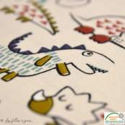 "Tissu jersey coton motif dinosaure ""Dinoz"" - Ecru et multicolore - Oeko-Tex ® Domotex ® - Tissus Oekotex et BIO - 4"