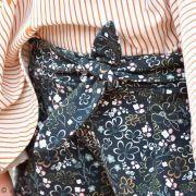 """Tissu jersey motif fleurs """"Fusion Sparkler"""" - Bleu marine et ocre - Oekotex - AGF ®"""