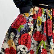 "Tissu coton motif tête mexicaine ""Nocturna"" - Noir et rouge - Henry Alexander ® Alexander HENRY Fabrics ® - Tissus - 6"