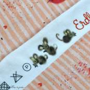 "Tissu jersey coton motif souris ""Erbeermäuse"" - Saumon, gris et rouge - Bio - Lillestoff ® Lillestoff ® - 4"