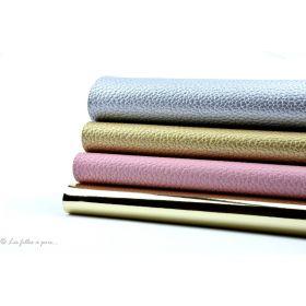 Lot de 4 coupons de tissu simili cuir argenté / doré / rose 20x22cm Autres marques - Tissus et mercerie - 1