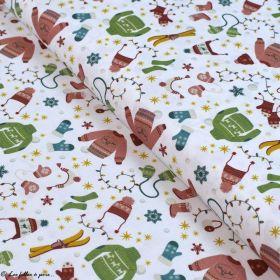 Tissu coton motif vêtements de Noël - Blanc et multicolore - Oeko-Tex ® et GOTS ® Autres marques - 1