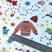 Tissu coton motif vêtements de Noël - Blanc et multicolore - Oeko-Tex ® et GOTS ® Autres marques - Tissus et mercerie - 5