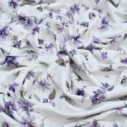 "Tissu jersey coton motif fleurs ""Floral Wild Daisies"" - Blanc et violet - Oeko-Tex ® Family Fabrics ® - Tissus oekotex - 4"
