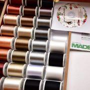 Coffret luxe blanc de fils à broder machine RAYON 1000m - 122 bobines - Madeira ® Madeira ® - Fils à broder et à coudre - 6