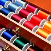 Coffret luxe en bois de fils à broder machine RAYON 200m - 194 bobines - Madeira ® Madeira ® - Fils à broder et à coudre - 8