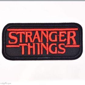 Écusson brodé Stranger Things - Noir et rouge - 1