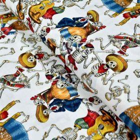 """Tissu coton motif tête de mort """"Fiesta de los in crowd"""" pirates - Multicolore - Henry Alexander ® Alexander HENRY Fabrics ® - Ti"""