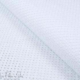 Tissu coton Broderie anglaise motif texturé effet mosaïque - Blanc Autres marques - Tissus et mercerie - 1