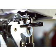 Pied fronceur mécanique - accouplement du pied sur l'aiguille