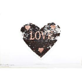 """Ecusson sequin réversible cœur """"LOVE"""" - Rose et gris argenté - à coudre"""